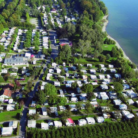 Luftaufnahme vom Campingplatz Alpenblick